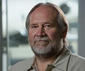 Lance Theobald